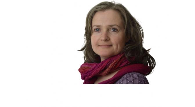 Britta Weinbrandt - Arts & Change-Coach - Playing Artist - Spiel- und theaterpädagogin - Logopädin
